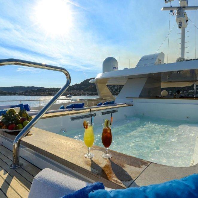 SERENITY-yacht--3