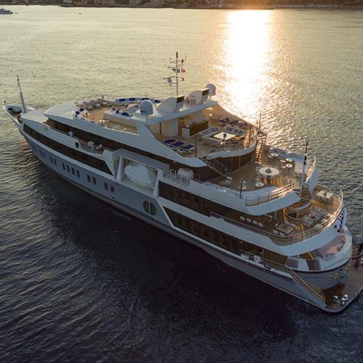 SERENITY-yacht--61